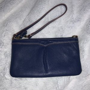 dooney & bourke navy blue wristlet